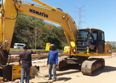 Malleo Equipment Hydraulic Hammer Zungu Civils